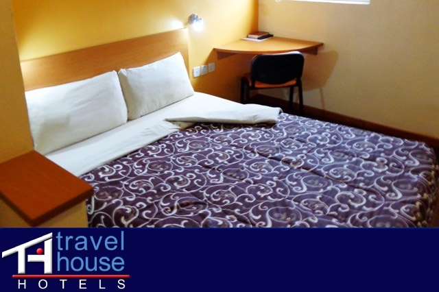 Travel House Hotels room